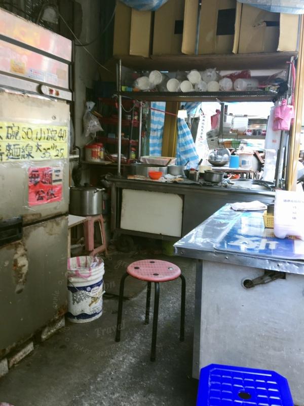 蚵仔麵線,台灣道地小吃隱身在巷弄的三重美食,賣了三十五年頭