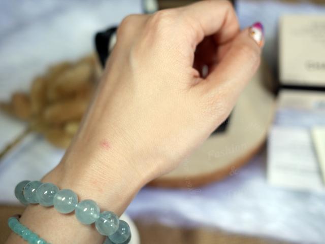 香奈兒時尚裸光果凍粉餅,質地清透有光澤感…攜帶方便