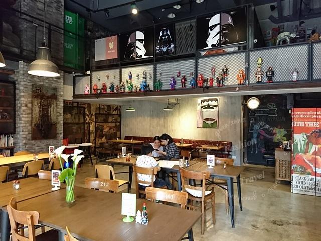 J.Robot Coffee,可以吃到港式餐點和自己配料帕尼尼@三重(已歇業)