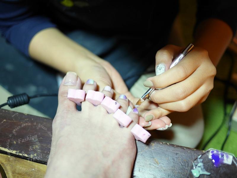 大安路美甲推薦,潔月兒藝術美甲~適合夏天的的華麗清新款美甲~手腳款都美到嫑嫑的