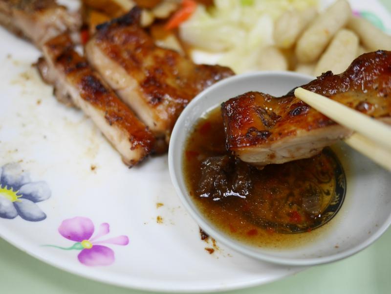 泰芝味泰式碳烤,白飯吃到飽附湯和飲料@松江南京捷運(四平街)