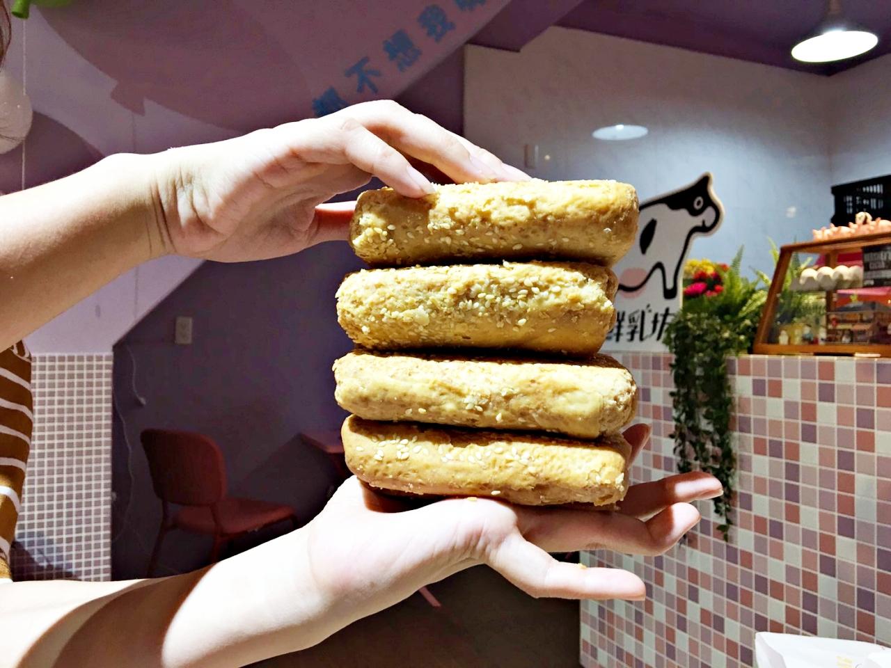萬華神祕燒餅「千層燒餅」,不現賣、只預購,想吃要等一年半