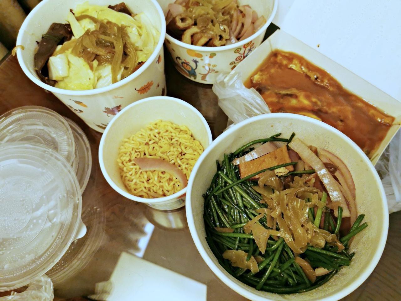 遼寧夜市必吃:勝利號蚵仔煎、客家自製湯圓、北海道活魷魚