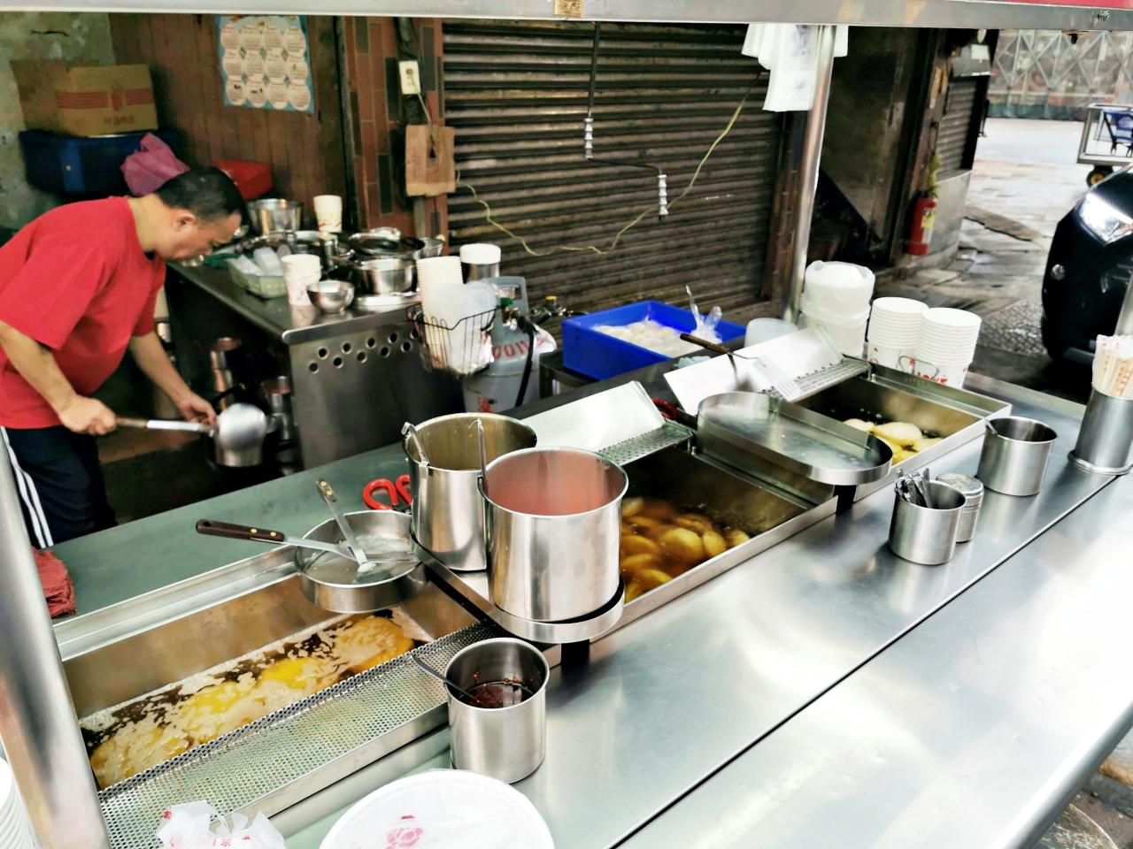 蘆洲美食:楊家手作肉圓油粿-近湧蓮寺(捷運三民高中站)