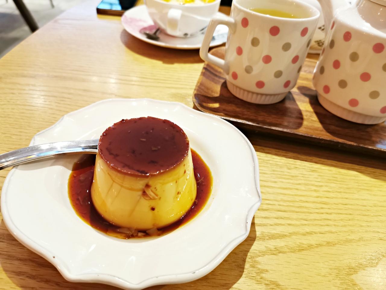 民生社區咖啡廳:勺子咖啡店spoon cafe在安靜舒適空間享受超好吃的焦糖布丁和司康,飲品也很好喝