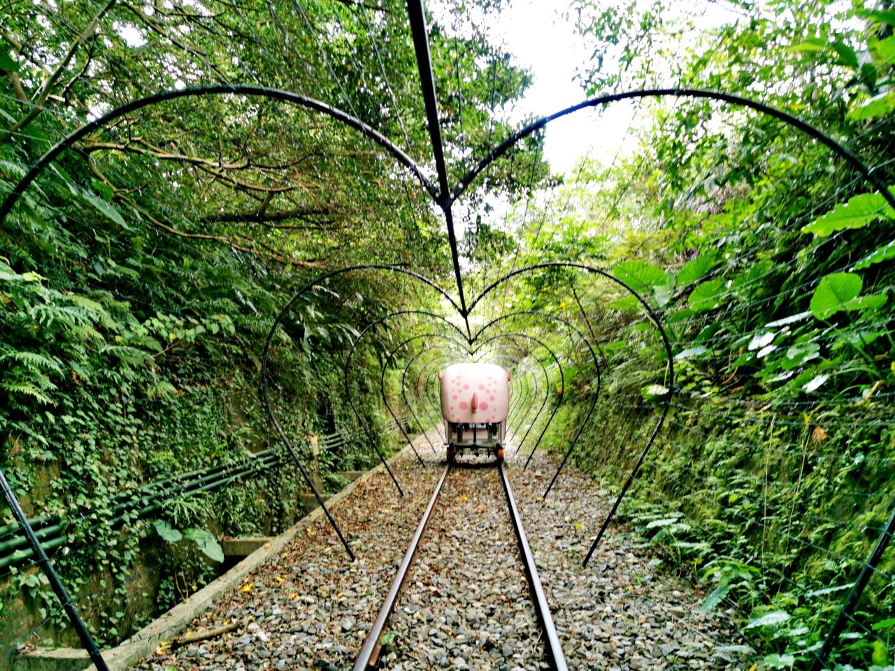 深澳鐵道自行車 Shen′ao Rail Bike,光雕隧道超美還可以遠眺太平洋